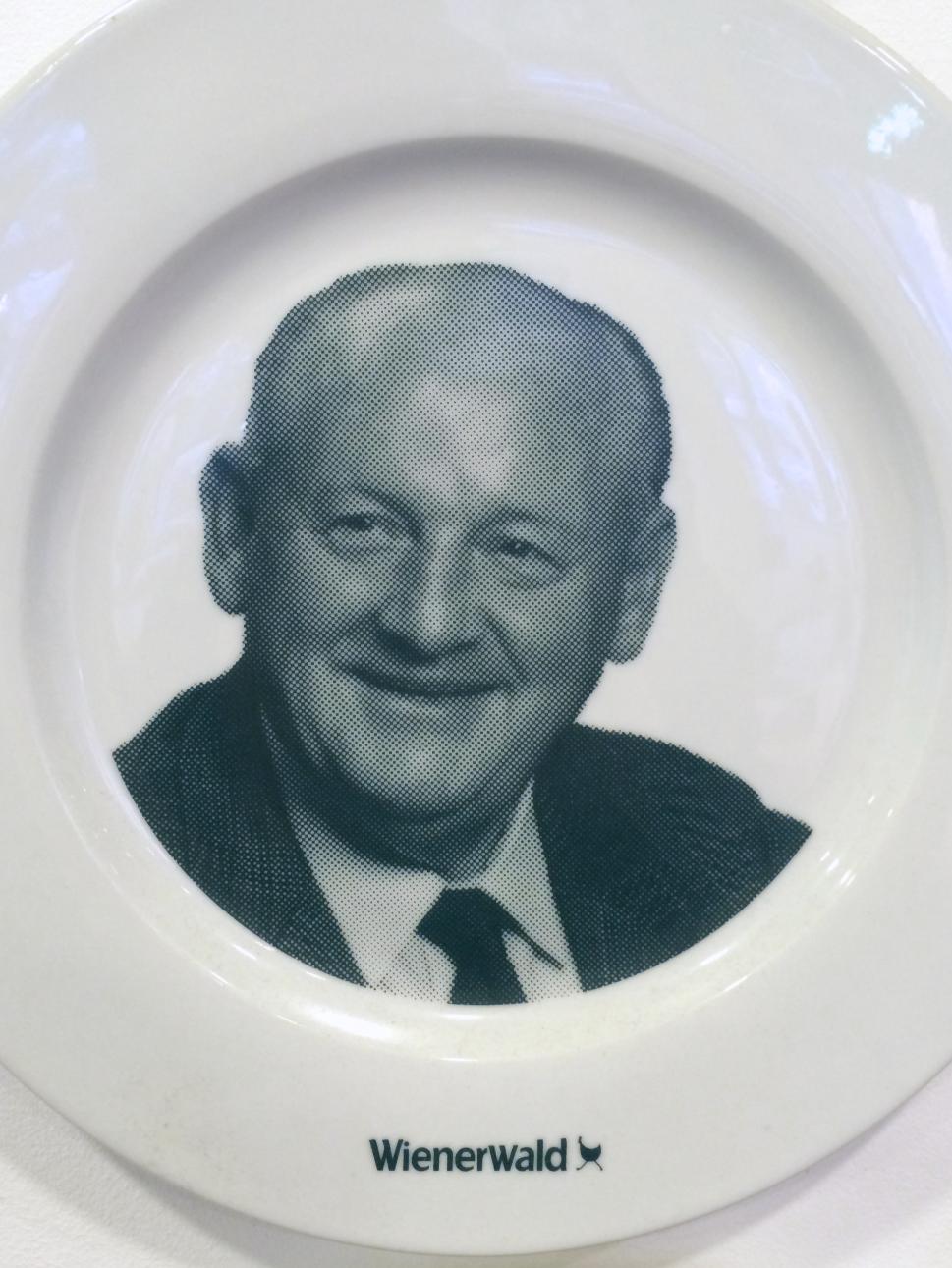 Originalbild: Gerastertes Gesicht von Friedrich Jahn, Gründer von Wienerwald.